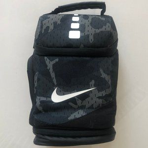 Nike Camouflage Green/Black Lunch Bag